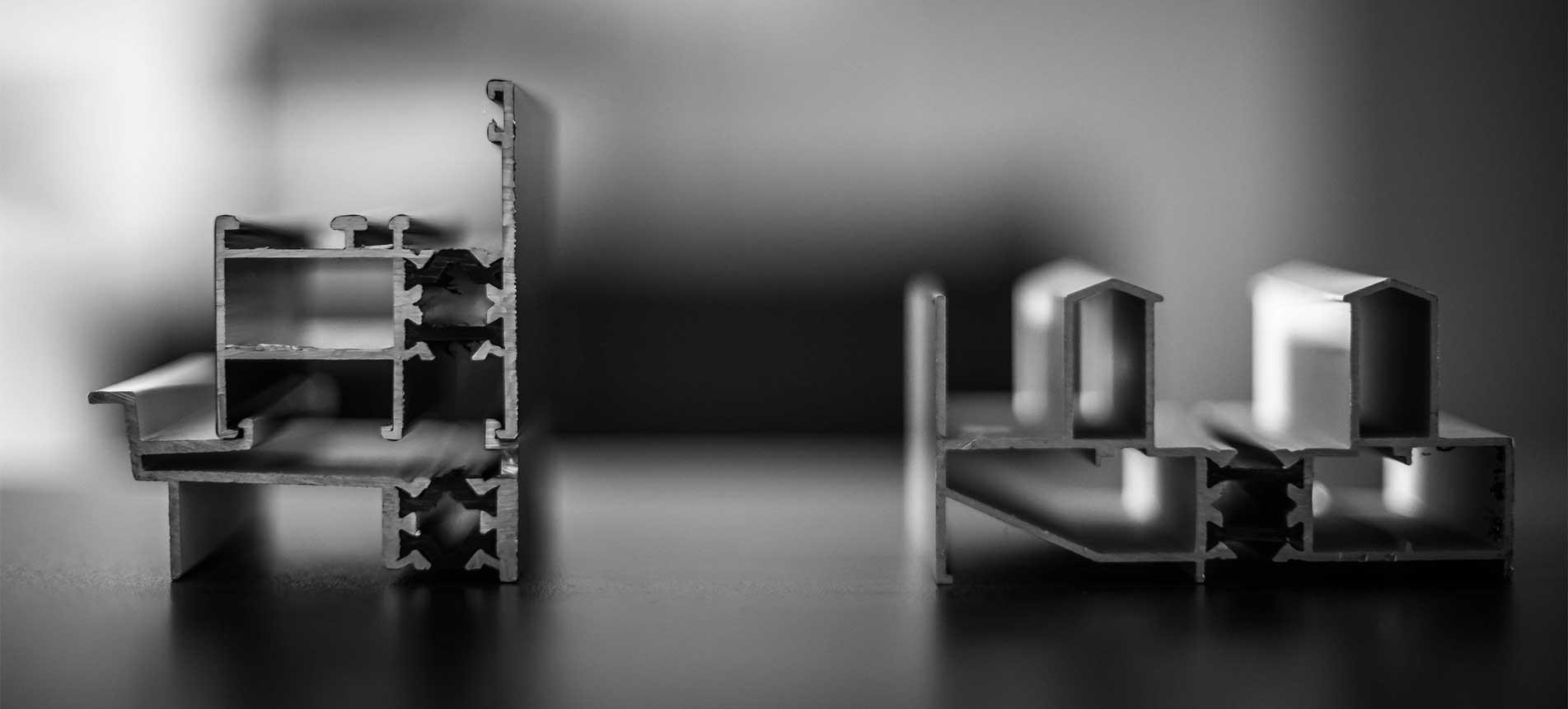 JC Colombo - travail des profils acier, aluminium et PVC